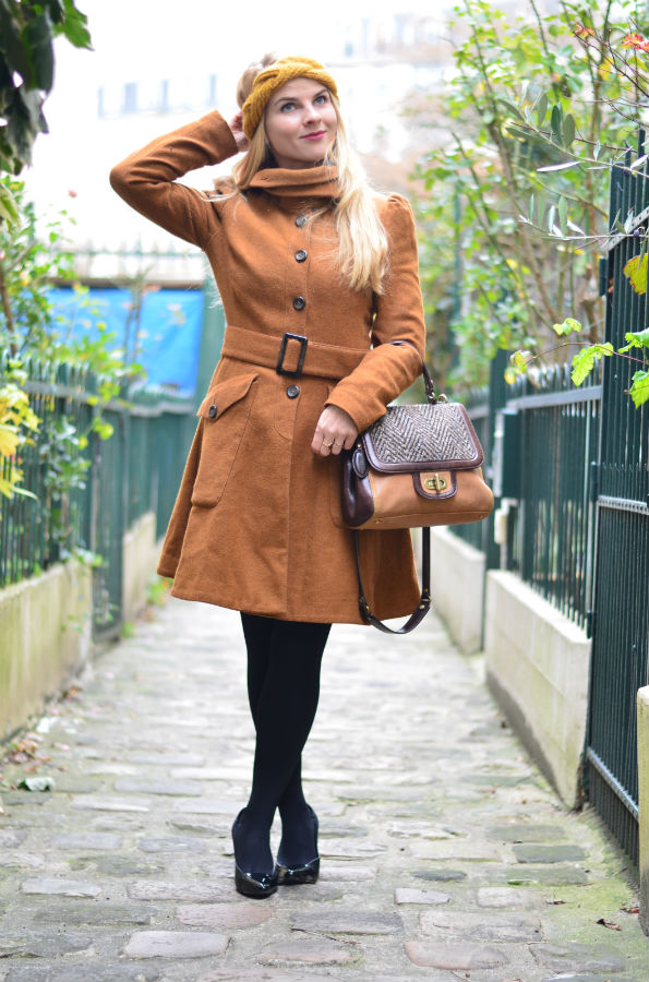 once-in-paris-camel-coat-vintage-headband4